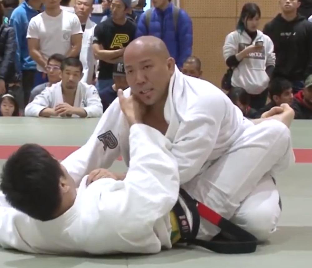 toshidanobuhiro-kao-jimu-insutorakuta-